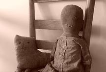 Primitive and Antique Dolls / by Susan Floyd