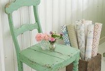 Furniture Finds / by Cassie Tedder
