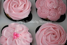 Have a cupcake / by Jambee