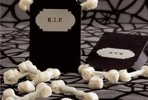 ♥ Halloween Spooktacular / by Chanda Ladines