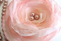 Fantabulous Fabric Flowers / by Cindy Harvey
