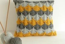 Knit. / Knitting is therapeutical.  / by Berta Viteri Ramírez