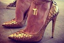 Shoes / by Josi Arnorte