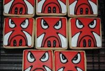 Decorate some cookies & cupcakes / by Jodi Davis