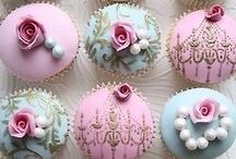 Cupcakes ❤ / by Kesem Bar