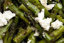 Super Side Dishes / by Katie Boudreaux