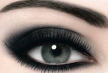 Makeup / by Daniela Apestegui