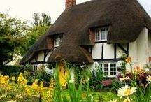 More Enchanted Cottages & Unique Homes / by Cathy Sacco