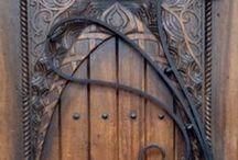 Puertas , ventanas y balcones / by Antonio Mayero Martinez
