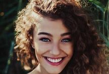 Curls get the girls / Hair products, tips and styles for curly hair  / by Freya McLachlan