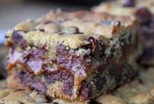 Bars & Pies / Other Desserts: Bars, pies, tarts, crumbles,  #bars #desserts #pies #tarts #food #recipes #crumble / by Sarah Jane {The Fit Cookie}