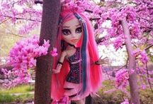 monster high / Best toys / by Hayley Bedard