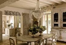 Home Decor / by Natalia Babilon