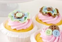 Cupcakes / by Joanna tkm