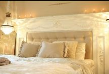 Bed Headboards / by Jessica Armstrong