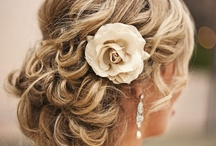 Hair Style / by Ana Gavino