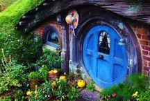 ✿ Gardening Outside/Inside / by Karen Frohreich