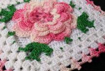 Crochet Squares/Motifs / by Julia Tanoukhi