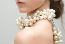 Jewelry / by Maria Elena Omaña Vidal