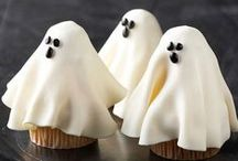 HALLOWEEN CAKES / Make your Halloween baking easy and delicious using Fleischmann's yeast. Not Scary....Just Yummy, Mummy! / by Christine P