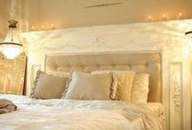 DIY - Headboards & Beds / by Margo Lake