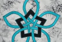 Celtic knotwork quilt... / by Banu Abdusselamoglu