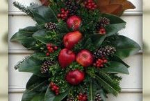 Holiday wreath / Xmas wreaths and deor / by Debby Blundell Johnson