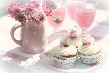 Cupcakes / by Rona Lopez