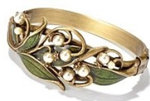 Antique Rings / by Taylor Rowell