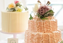 Wedding Treats / Dem Cakes / by Taylor Rowell