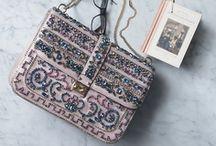 Bag, purse, cluth... / by Gabriela Oliveira