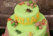 Cakes - Bugs/Insects / by Therese Scribner