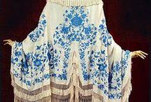 1800's Shawls, capes and coats  / by Elva Cawood