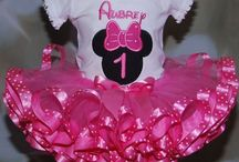 * Minnie Mouse birthday party * / Ariana's early birthday party was on 11.15.14 on her daddy's birthday it's was fun ! <3 she will be one on 11.18.14 we will go to chuck e cheese ! (: / by *ѕнeℓву ναѕqυєz*♡