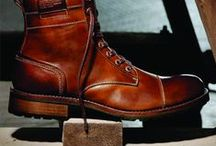 Shoes/Boots / by Allan-Ester Derry
