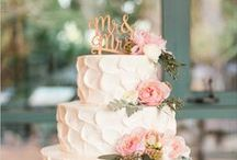 Wedding Cakes / by Kenilworth Lodge