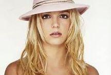 Britney Spears  / Websites Britney Spears / by Laly Delgado