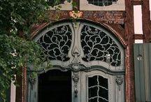Door Style / by Denis de Verteuil