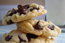 Food: Cookie Creations! / by Christine Ulbrich