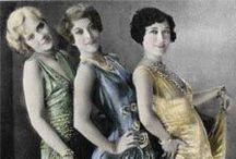 Bizarre Bizarre / Vintage, Antique Fashion / by Camillia Love