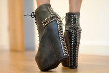 Killer heels / by Psychedelic0211