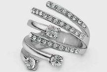 Aros, anillos y otros accesorios de mujer ;) / Muy femeninos estos accesorios de mujer *-* no olvides seguirme / by Cinthia Soto