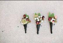 wedding flowers / by Mary Lambkin