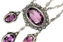 Antique Jewelry / by Andrea Clausen