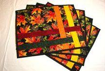 Quilts...Tischläufer und Sets / by Monika Moser