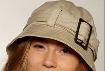 Chapeau grande taille femme tous styles / Des chapeaux pour tenir chaud, pour la fantaisie ou pour une occasion: Faites votre choix. / by Mode Grande taille