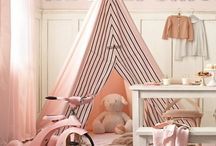 Play area & reading nook / by Gaby Michella