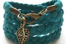 DIY Jewelry / by Dianne Snow