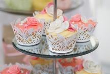 cupcake love / by giesanne postema