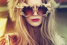 Glasses / by Nessa Gonçalves